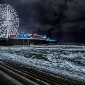 Central Pier Blackpool by Stuart Ogden Score: 18
